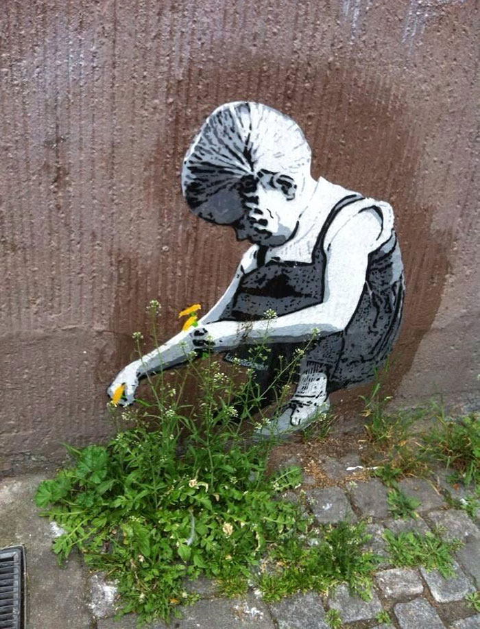 street-art-interacts-with-nature-10